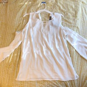 Tops - BRAND NEW cold shoulder white blouse w lace detail